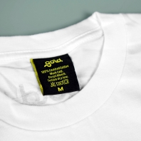 "Gold | T-shirt Bianca ""Handjob"""
